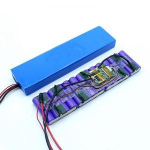 工厂价格定制的18650 36伏电池锂离子36V电池组