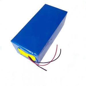 LiFePO4可充电电池10Ah 12V磷酸铁锂电池,用于照明/ UPS /电动工具/滑翔机/冰钓